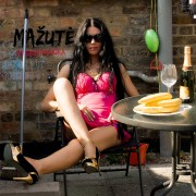 MAŽUTĖ (SINGLE)